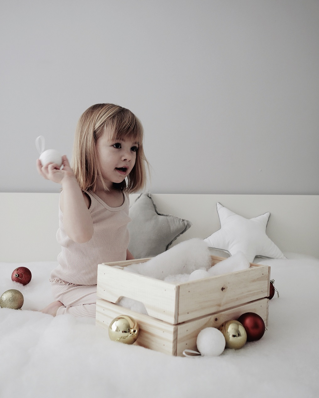 Awaiting Christmas with Minimalisma